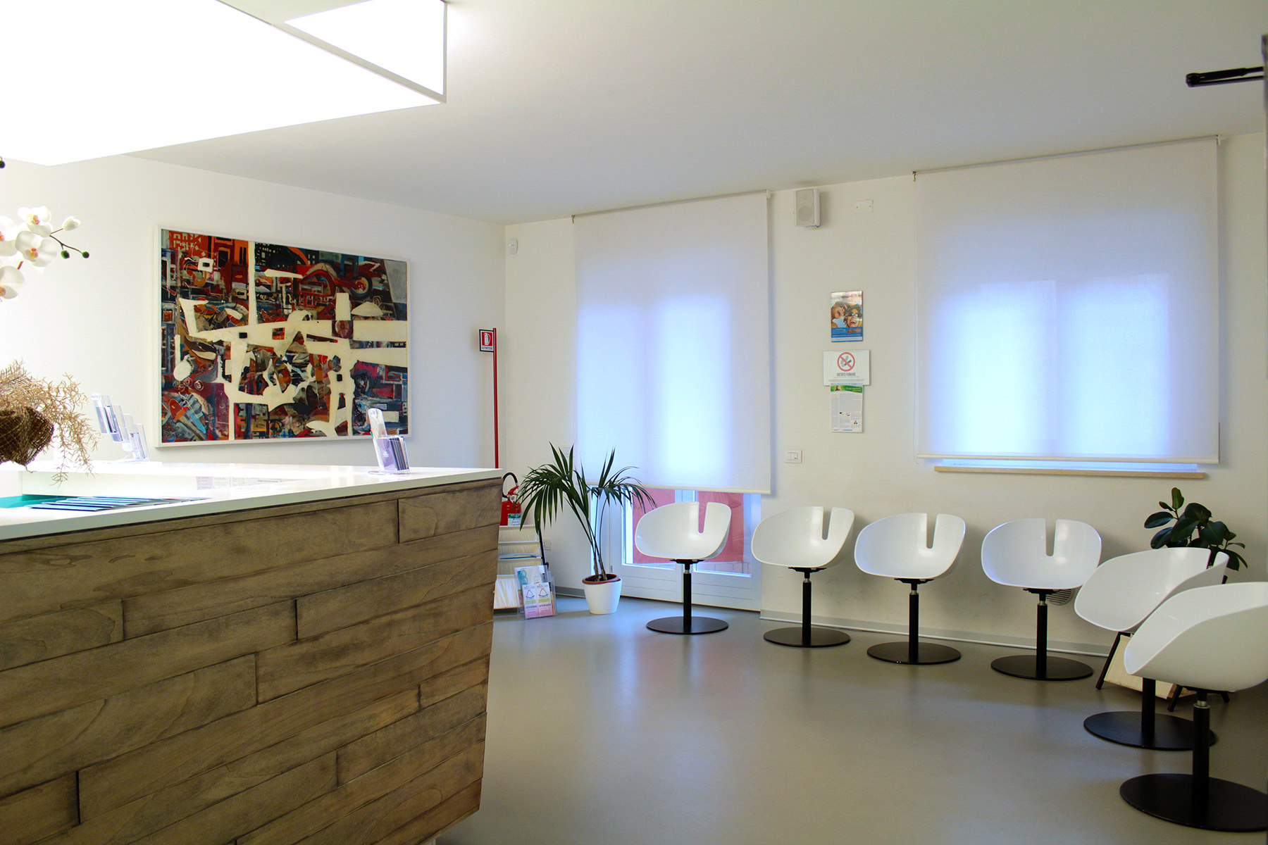 La Sala D Attesa.Foto Sala D Attesa Studio Dentistico San Valentino Bussolengo Vr